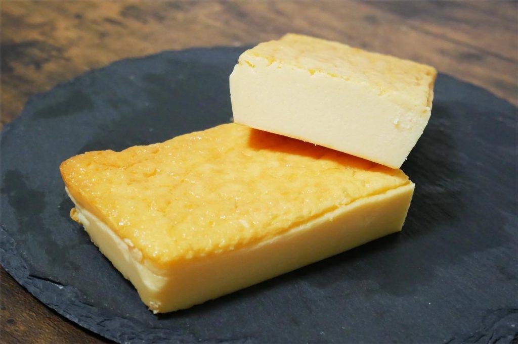 金のチーズケーキ断面図