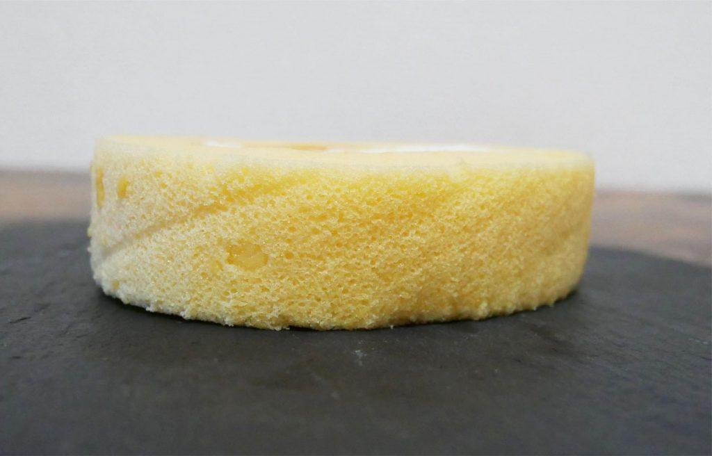プレミアムロールケーキ断面図
