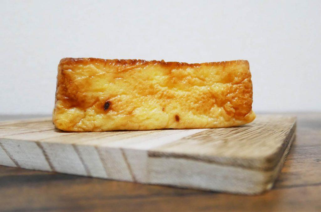 冷やして食べるフレンチトースト断面図