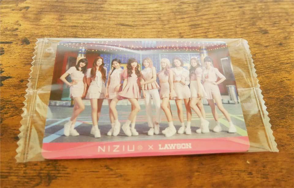 NiziU(二ジュー) チョコシフォンケーキステッカー