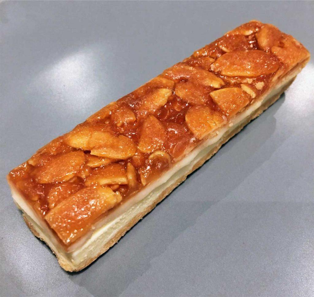 生フロランタン チーズケーキ表面