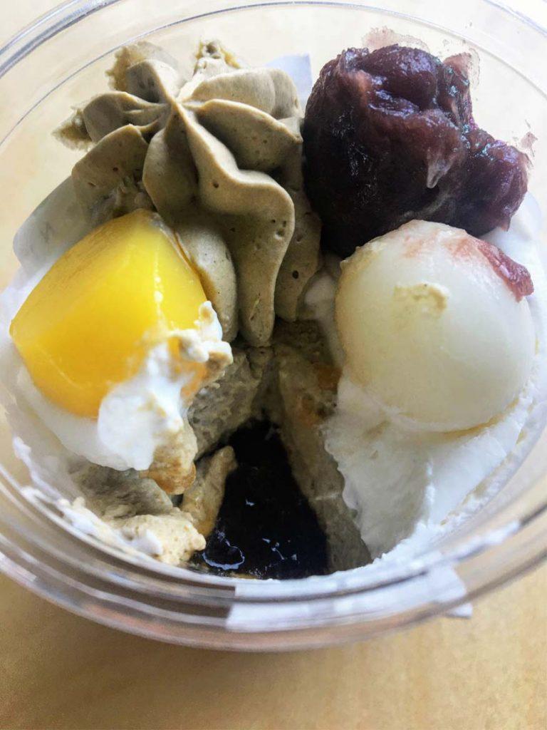 黒糖わらび餅のほうじ茶パフェ開封後