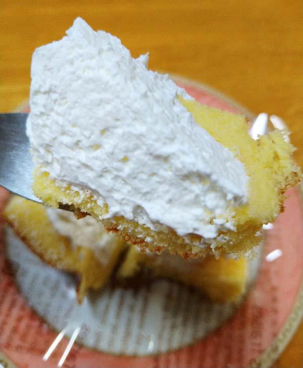 いちごのふわふわケーキ一口サイズ