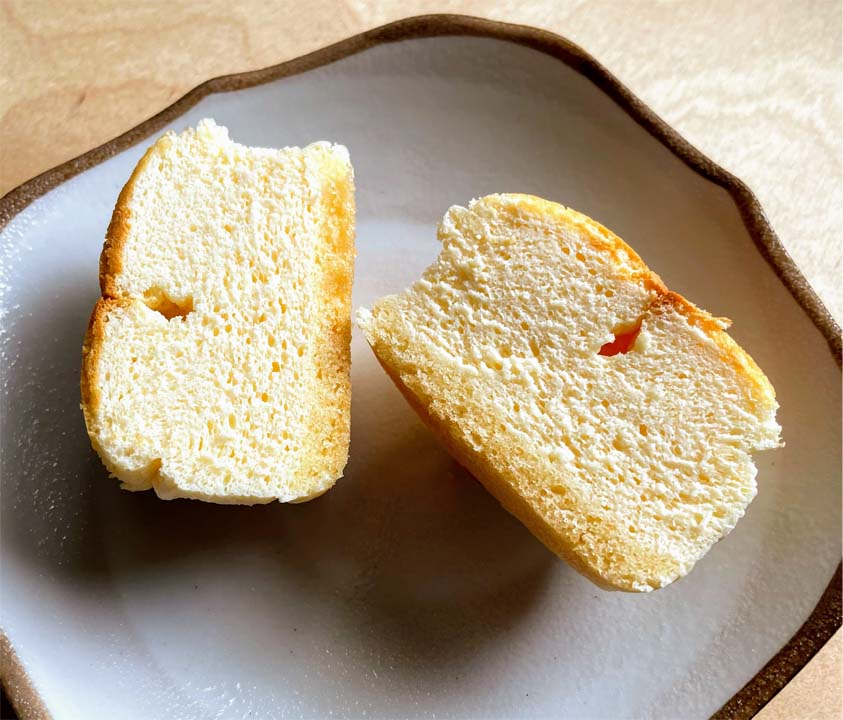 スフレチーズケーキ断面図
