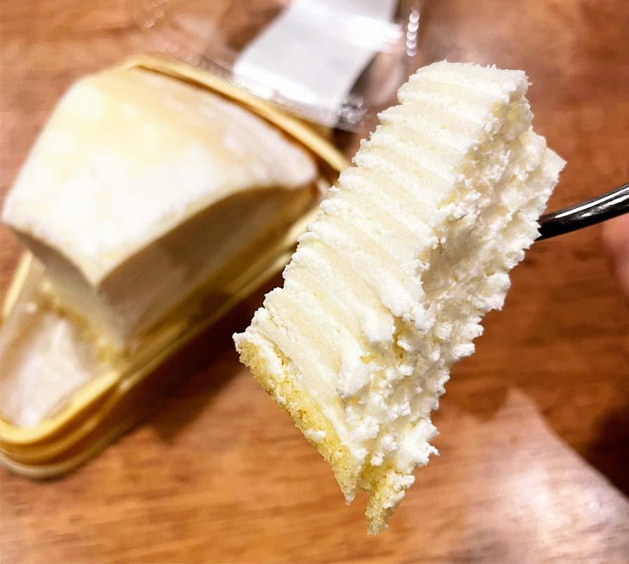 レアチーズミルクレープ一口サイズ