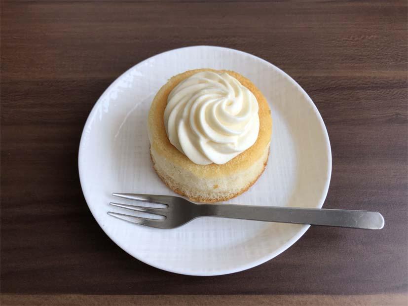 ミルクバター露ふわケーキ(ミルクバターソース入り)