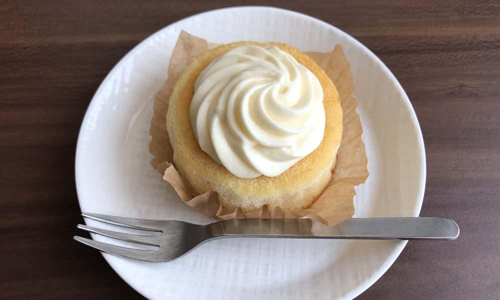 ミルクバター露ふわケーキ(ミルクバターソース入り)トップ画像