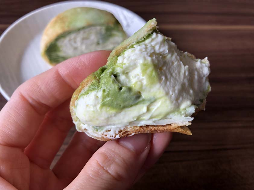 モアホボクリム‐ほぼほぼクリームのシュー 抹茶ラテ風‐一口サイズ
