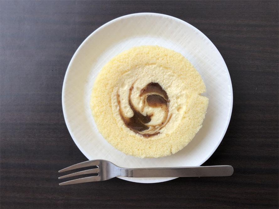 Uchi Café×八天堂 かすたーどラムレーズンロール_開封後