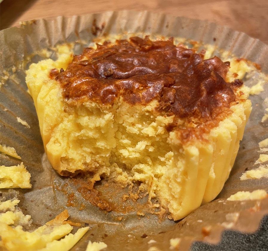 バスチー -バスク風コーンチーズケーキ-_断面
